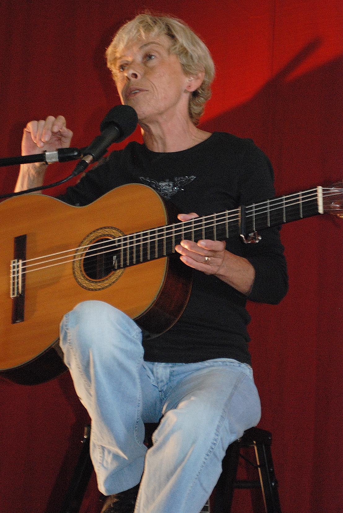 Martine Caplane